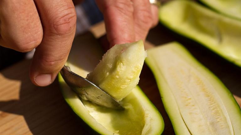 come svuotare zucchine per zucchine ripiene