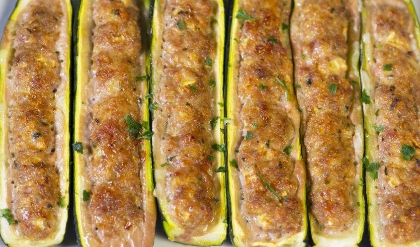 zucchine ripiene di carne e salsiccia 2