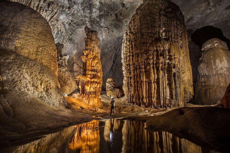 Hang Son Doong, la grotta più grande del mondo