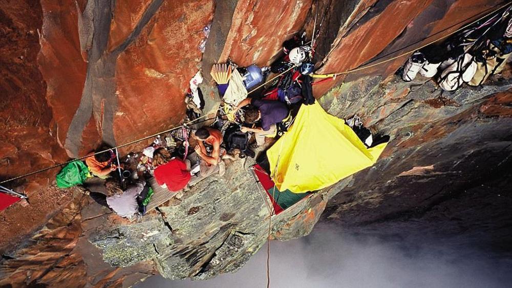 la cascata più alta del mondo - scalata James Pearson e Caroline Ciavaldini